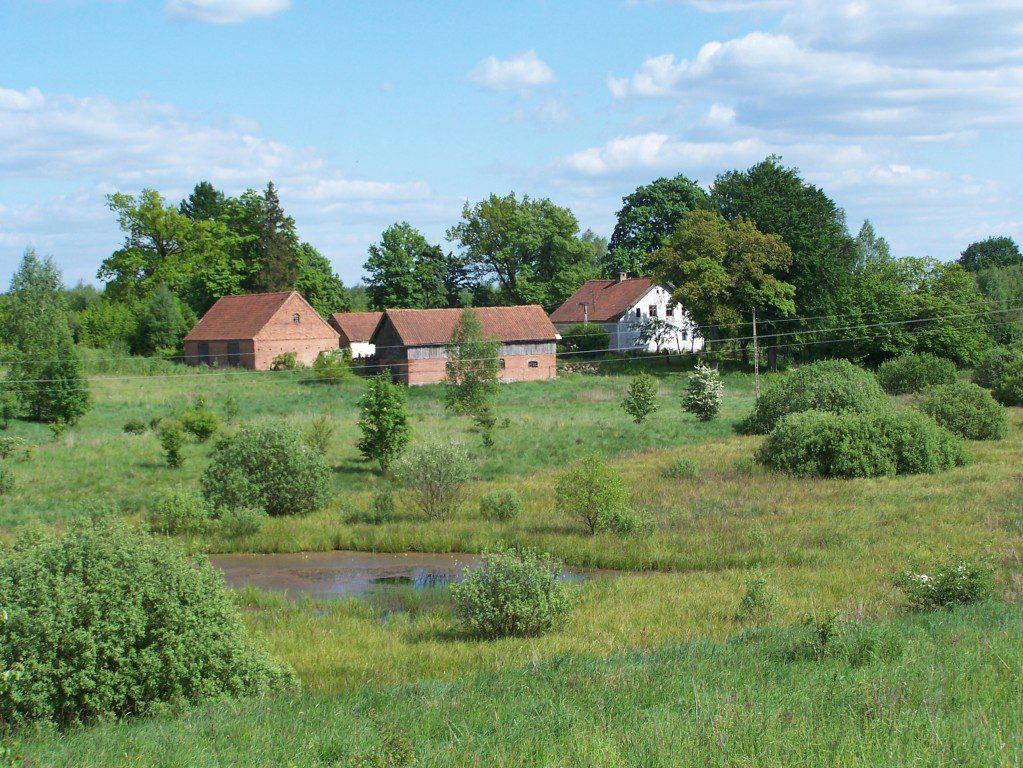 miejsca z klimatem na Warmii i Mazurach_siedlisko pasieka