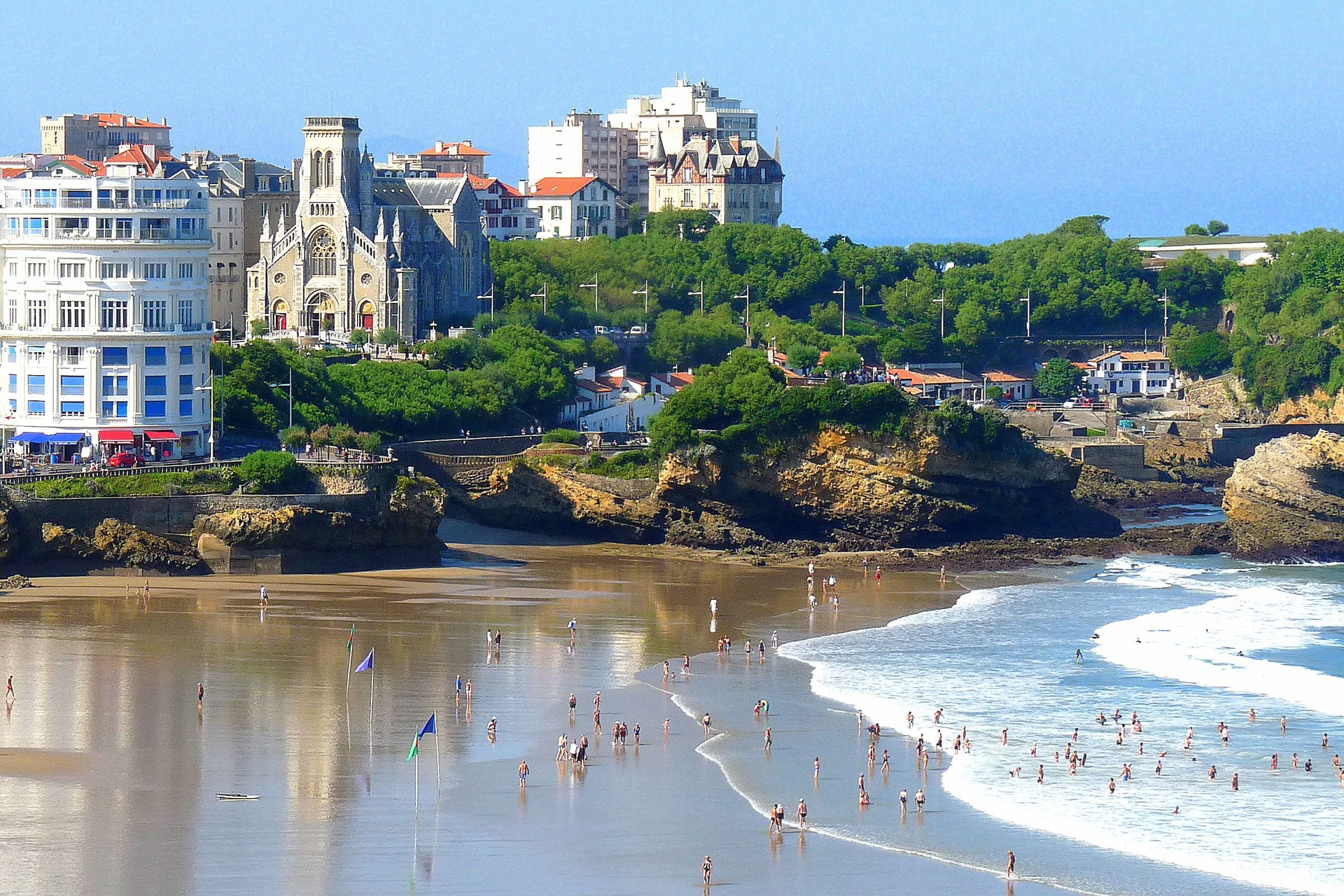 źródło: http://www.cntraveller.com/recommended/coast-countryside/biarritz-france-weekend