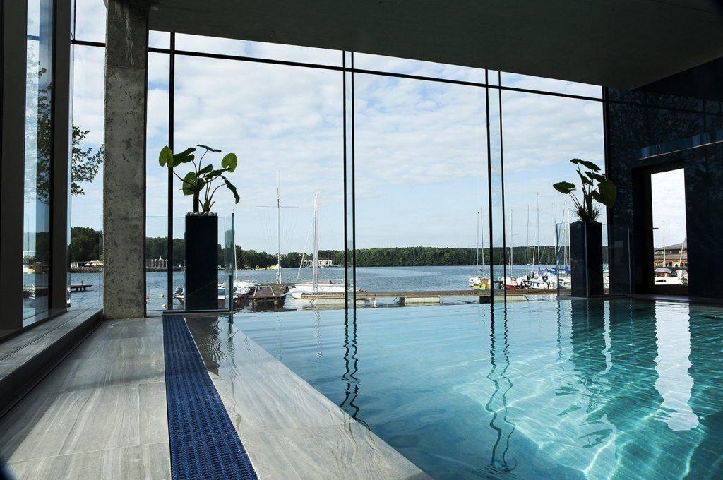 basen_hotel