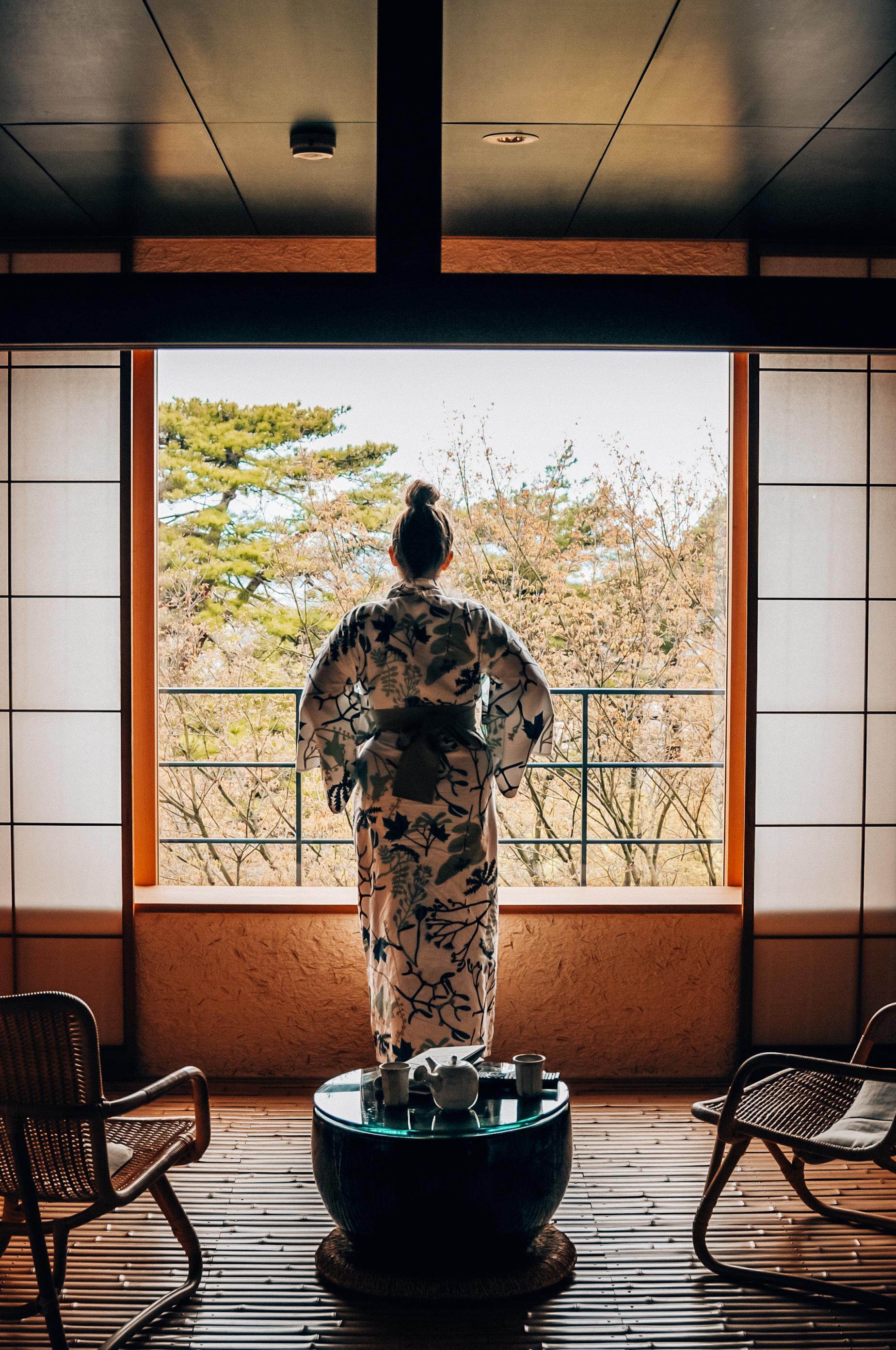 Hotel z onsenami (Kaga Onsen)